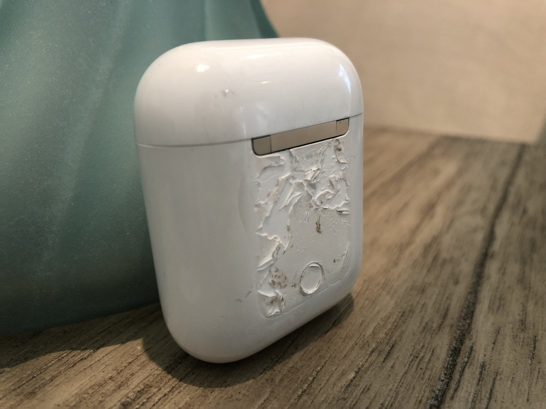 Apple AirPod Melting